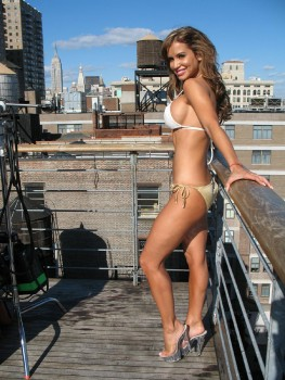 Jennifer Walcott In A Bikini & Heels On A Roof