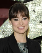 *Adds* Olivia Wilde - unveils Swarovski Star for the Rockefeller Center Christmas tree in New York 16/11/'11