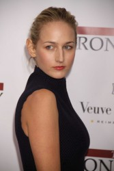 Лили Собески, фото 1179. Leelee Sobieski 'The Iron Lady' New York premiere at the Ziegfeld Theater on December 13, 2011 in New York City, foto 1179