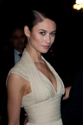 Ольга Куриленко, фото 918. Olga Kurylenko Sidaction Gala Dinner 26-01-2012 in Paris, France., foto 918
