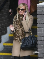Эмма Бантон, фото 2260. Jan. 23th - London - Emma Bunton Leaving ITV Studios, foto 2260