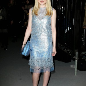 Dakota Fanning / Michael Sheen - Imagenes/Videos de Paparazzi / Estudio/ Eventos etc. - Página 5 Aad892174784267