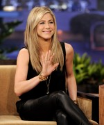 Дженнифер Анистон, фото 8668. Jennifer Aniston On the Tonight Show With Jay Leno in Burbank - February 24, 2012, foto 8668