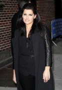 Нелли Фартадо, фото 1442. Nelly Furtado Outside David Letterman Studio - February 23, 2012, foto 1442