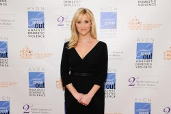 Риз Уизерспун, фото 4898. Reese Witherspoon - 2012 Avon Communications Awards, Feb 28, foto 4898