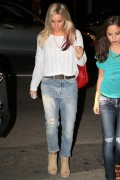 Эшли Тисдэйл, фото 7812. Ashley Tisdale March 1st Firefly Restaurant, foto 7812