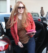 Линдси Лохан, фото 23116. Lindsay Lohan - out and about in Beverly Hills 03/08/12, foto 23116