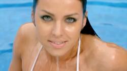 http://thumbnails43.imagebam.com/18082/c2d52b180817975.jpg