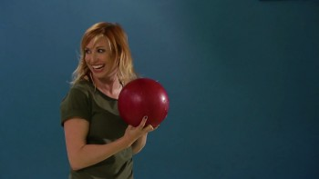 Chris Hardwick's All Star Celebrity Bowling season 1 episode 8