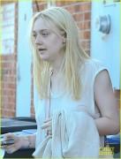Dakota Fanning / Michael Sheen - Imagenes/Videos de Paparazzi / Estudio/ Eventos etc. - Página 5 34e0f9197970815