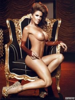 Nude Caroline Francischini Nude Pics